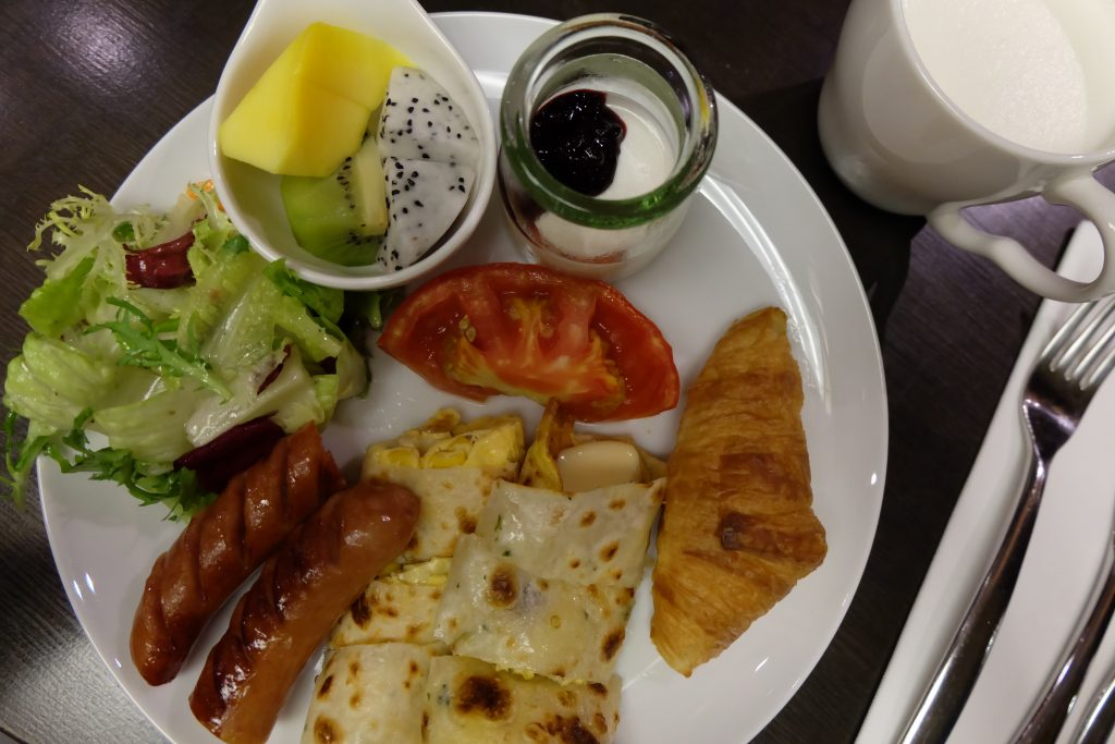 red dot hotel taichung breakfast
