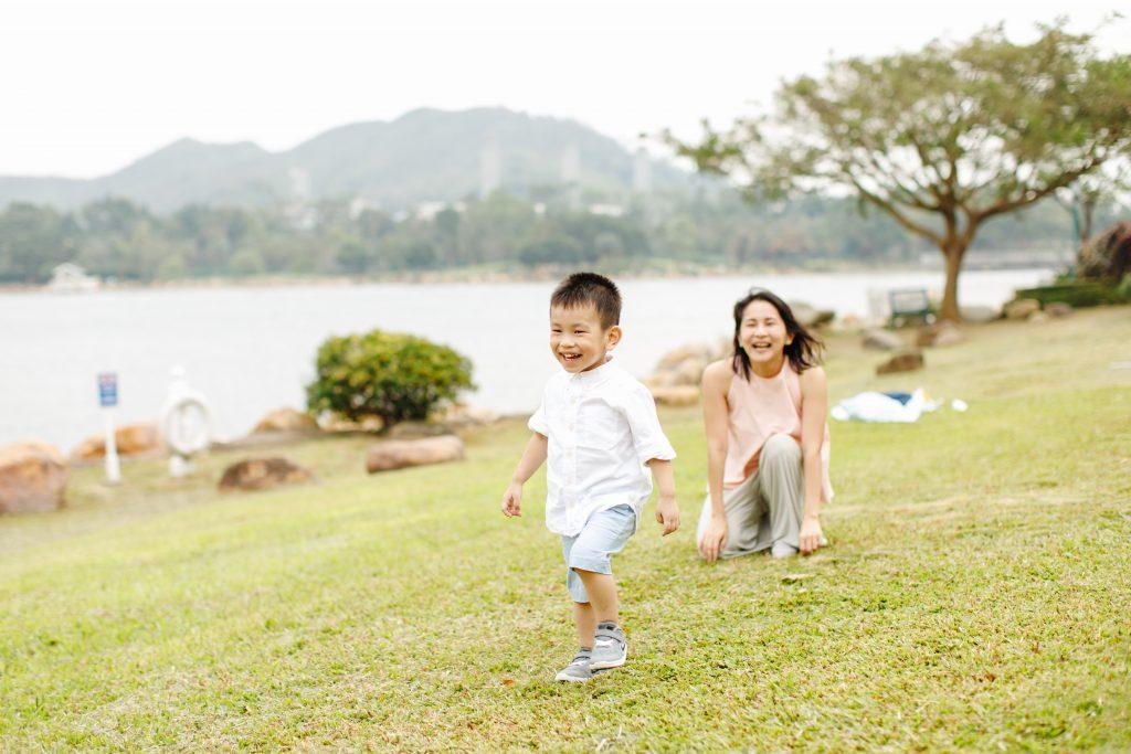 sweet escape hong kong kids smiling